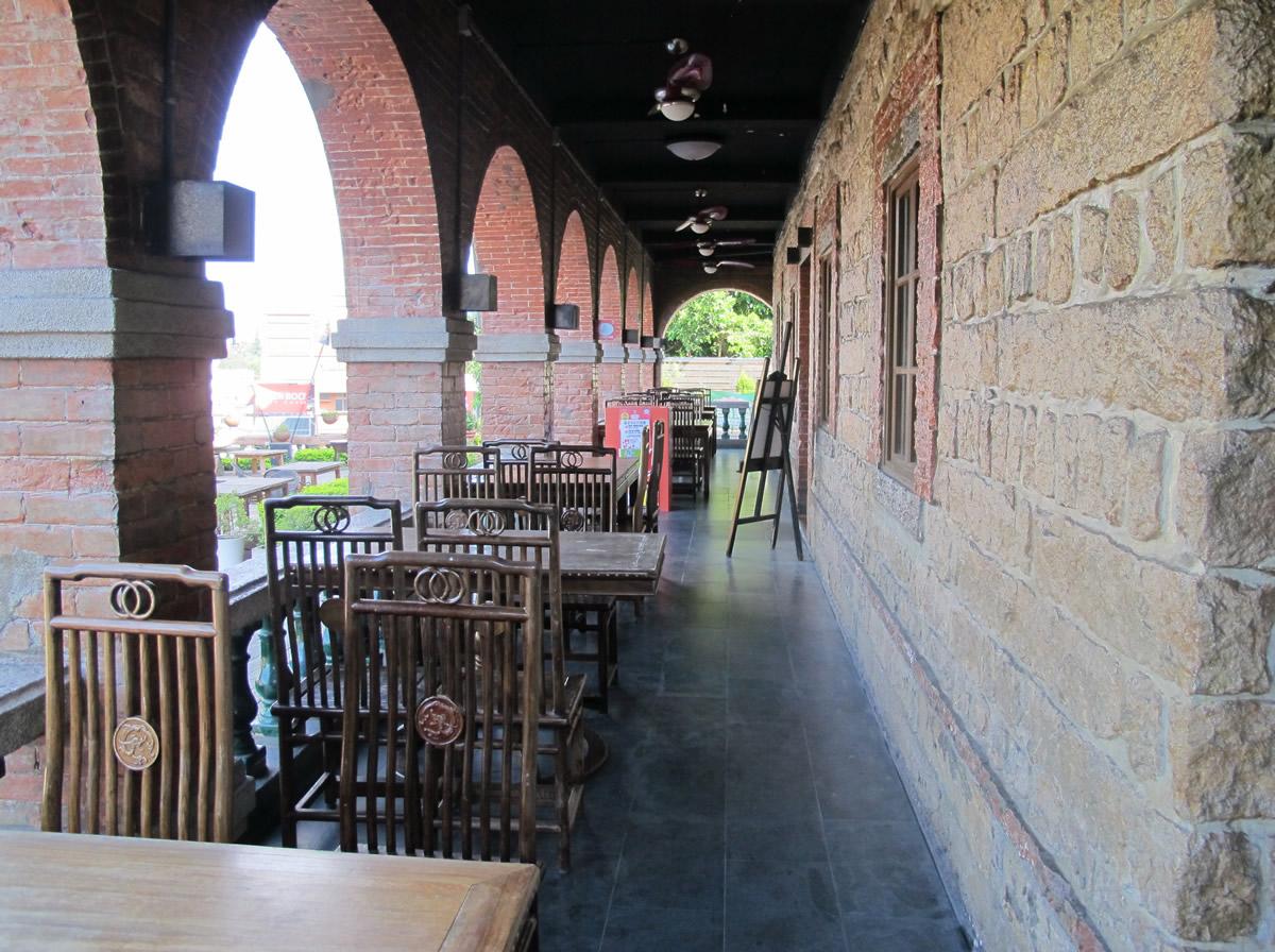 淡水紅樓走廊用餐區