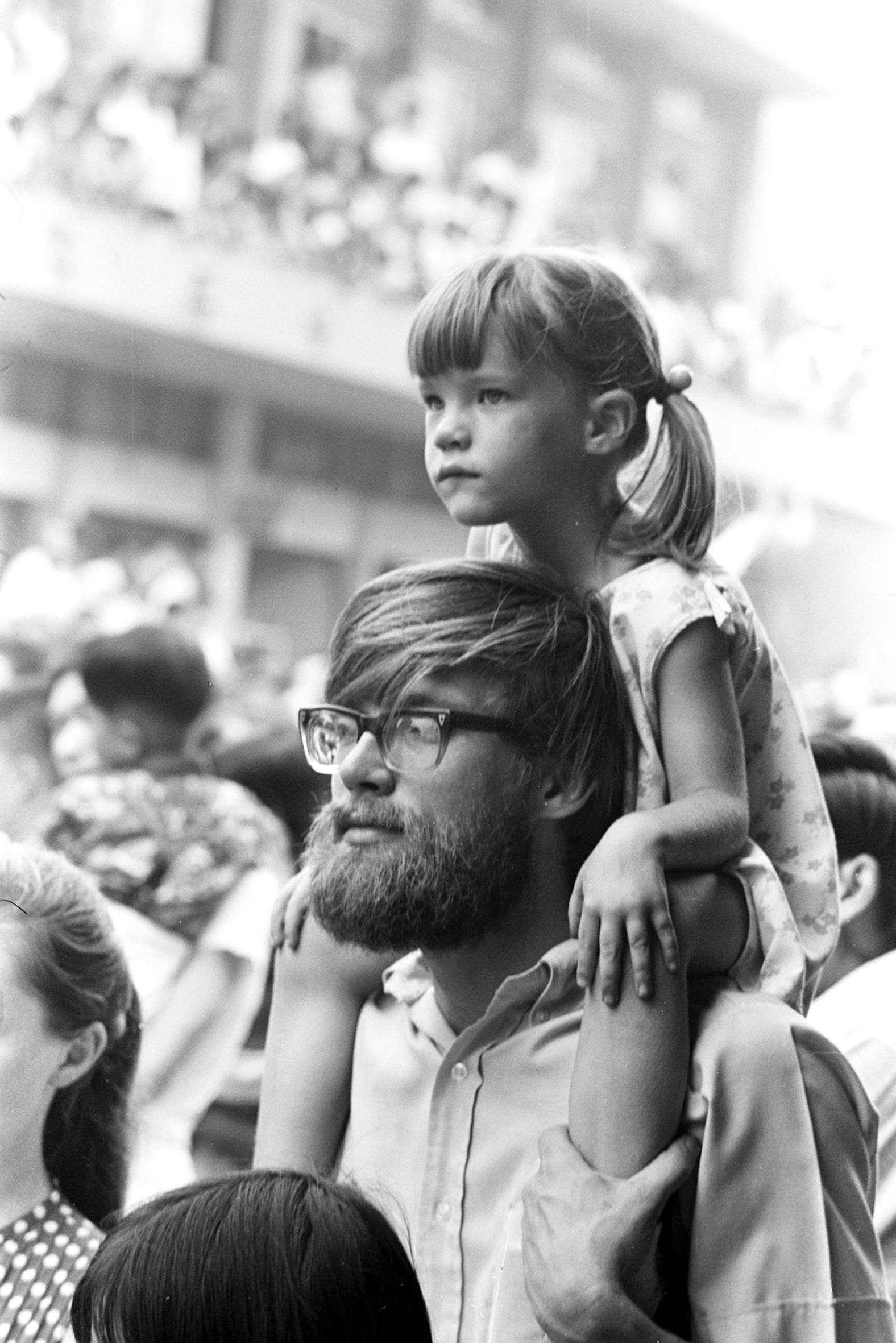 老外也來逗熱鬧, 1971.5.29