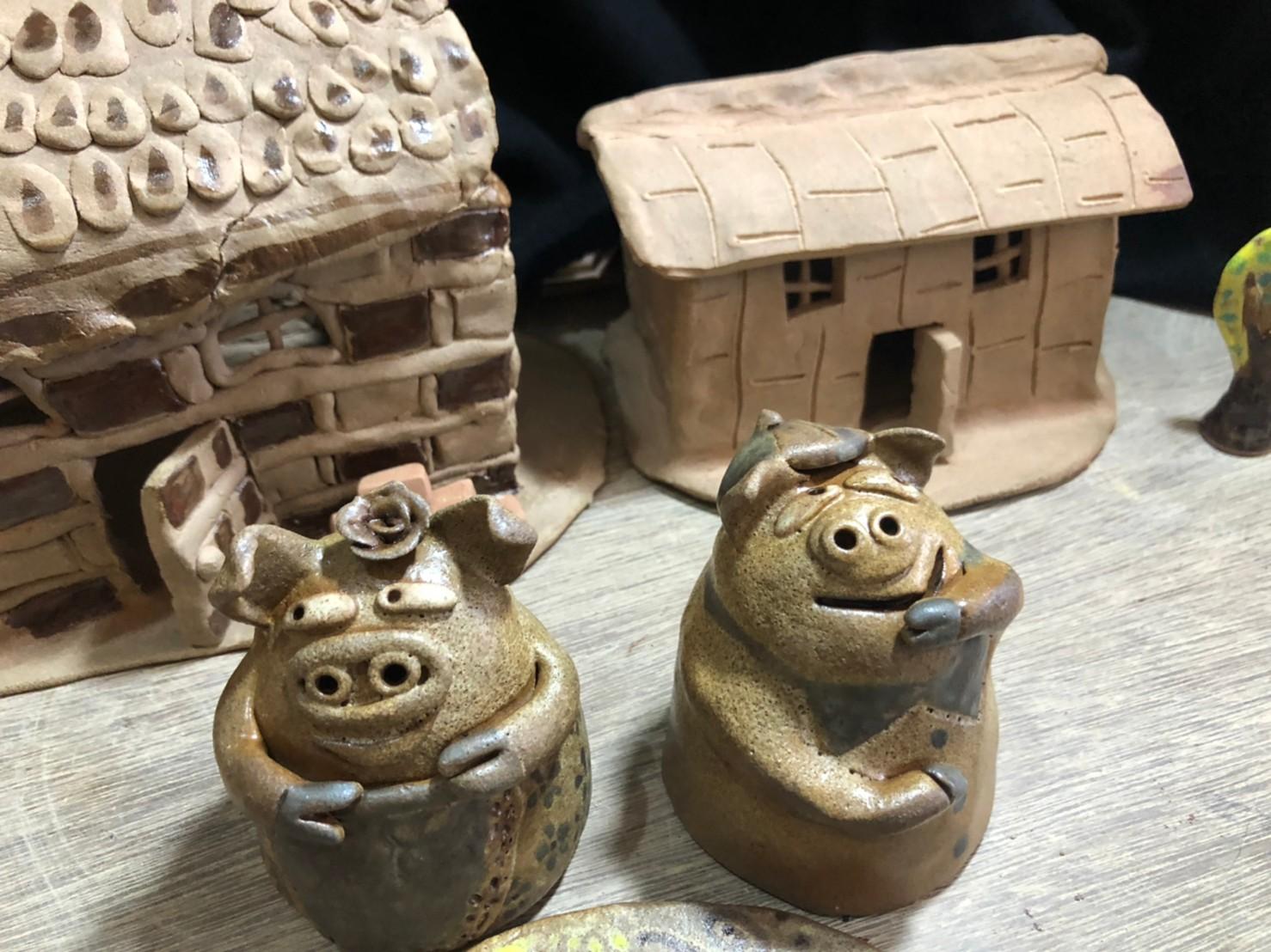 星兒千度燒製瓷偶 邀您一同遇見「三隻小豬」